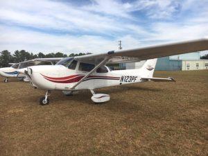 airplane aircraft cessna skyhawk rentals fbo tuscaloosa